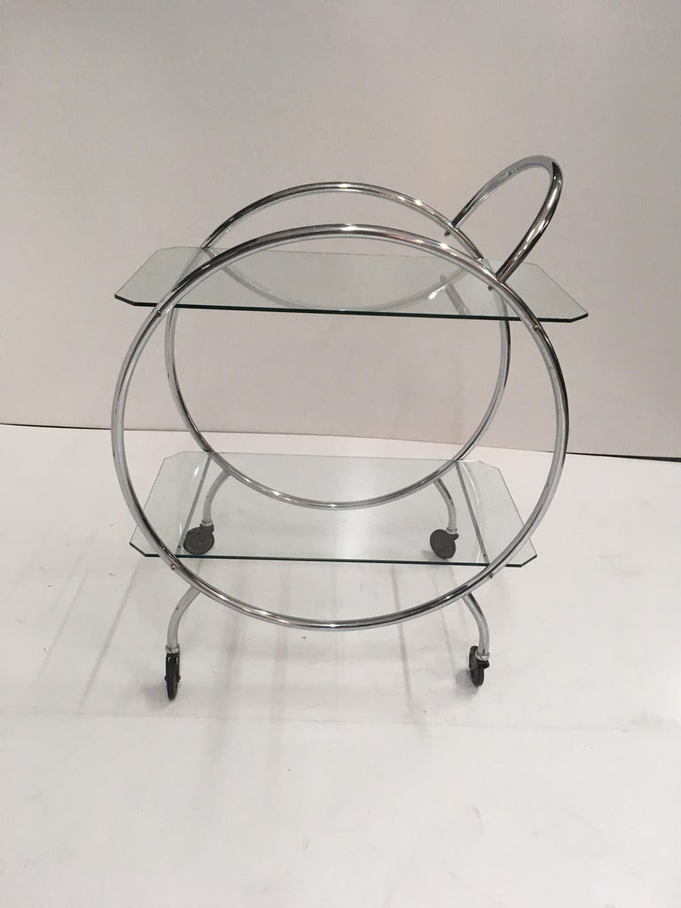 Art Deco 1930s tubular chrome bar cart. In good original condition, minor wear commensuare with age as per photos but otherwise very good for age.  A beautiful addition to any modern or Art Deco interior.