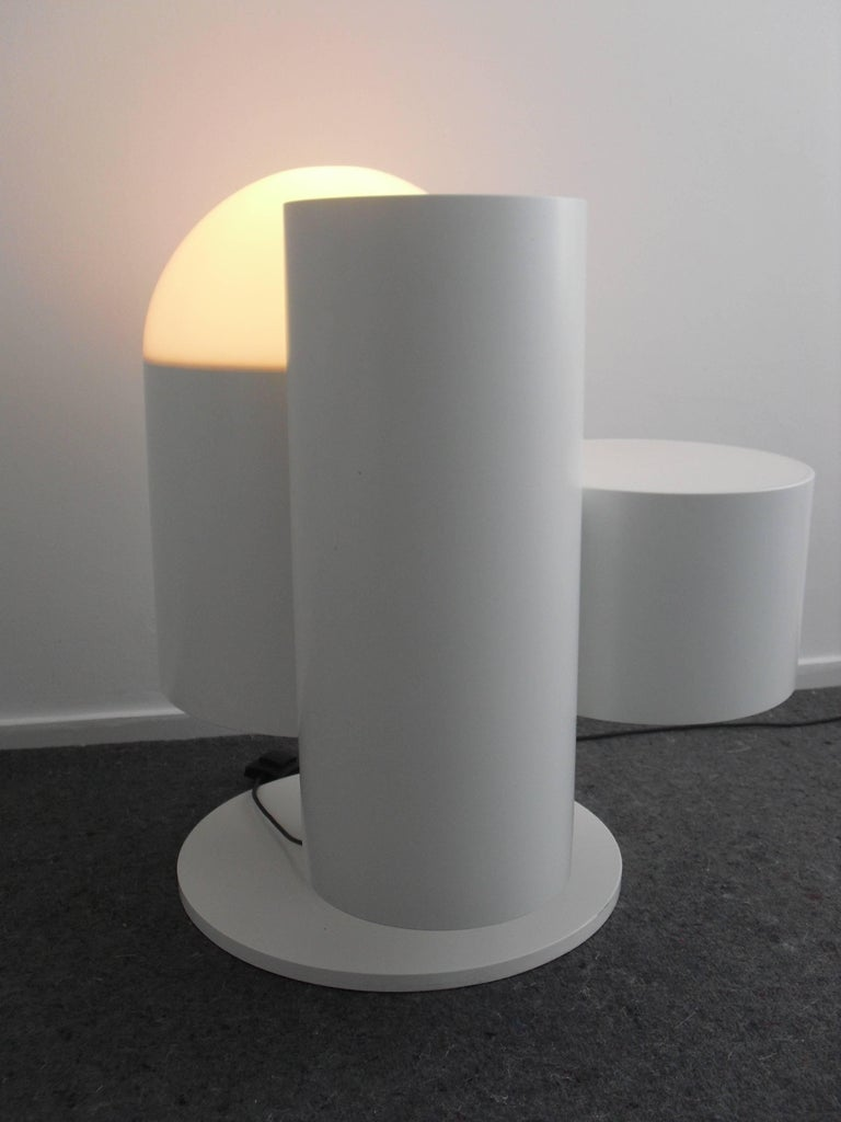 Dutch Design Floor Lamp With Table And Plant Standard