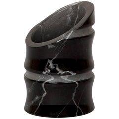 Vase 'Klein' in Schwarzem Marquina Marmor von Michele Chiossi, Italien, auf Lager