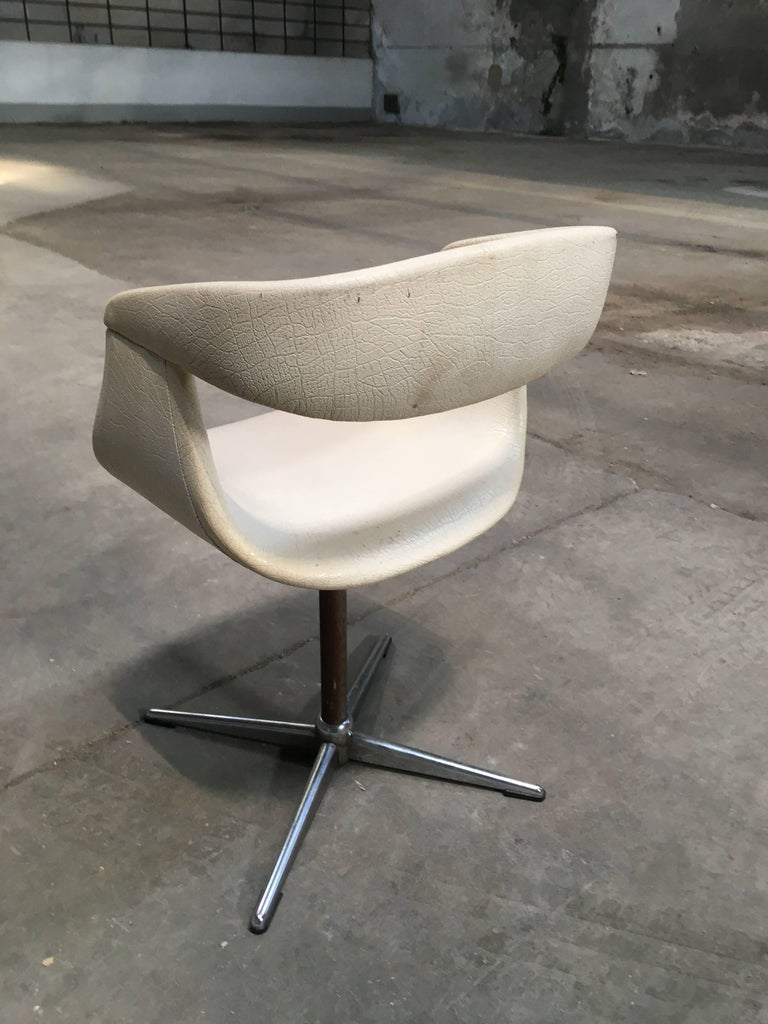 Pair of Italian Swivel Chairs with Eco Leather from 1960s For Sale 1