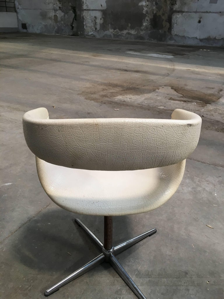 Pair of Italian Swivel Chairs with Eco Leather from 1960s For Sale 3