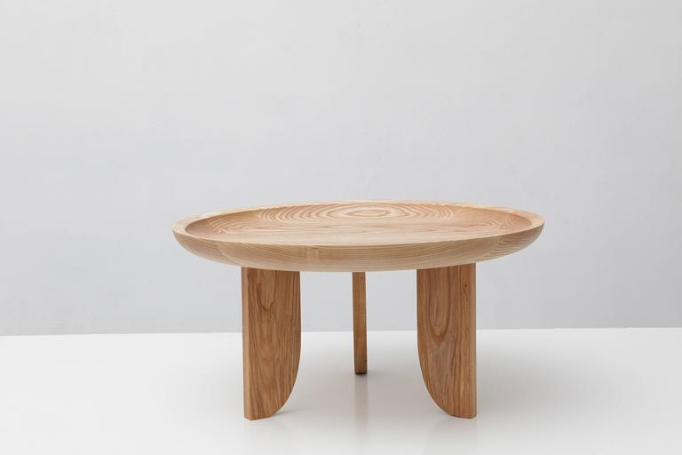 Modern Dish Solid Wood Contemporary Sculptural Carved Side Coffee Table Natural  For Sale