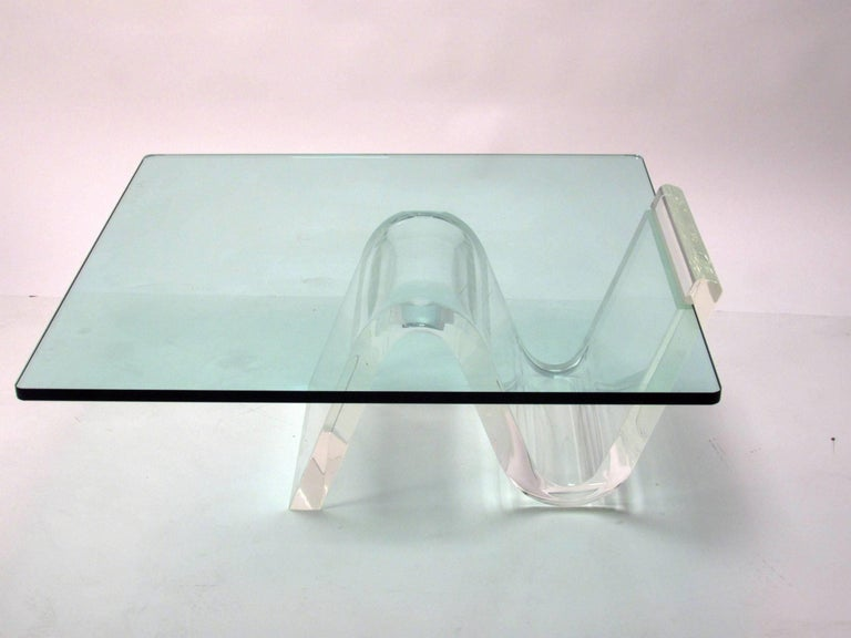 Cantilevered Lucite and Glass Coffee Table, circa 1980s For Sale 1