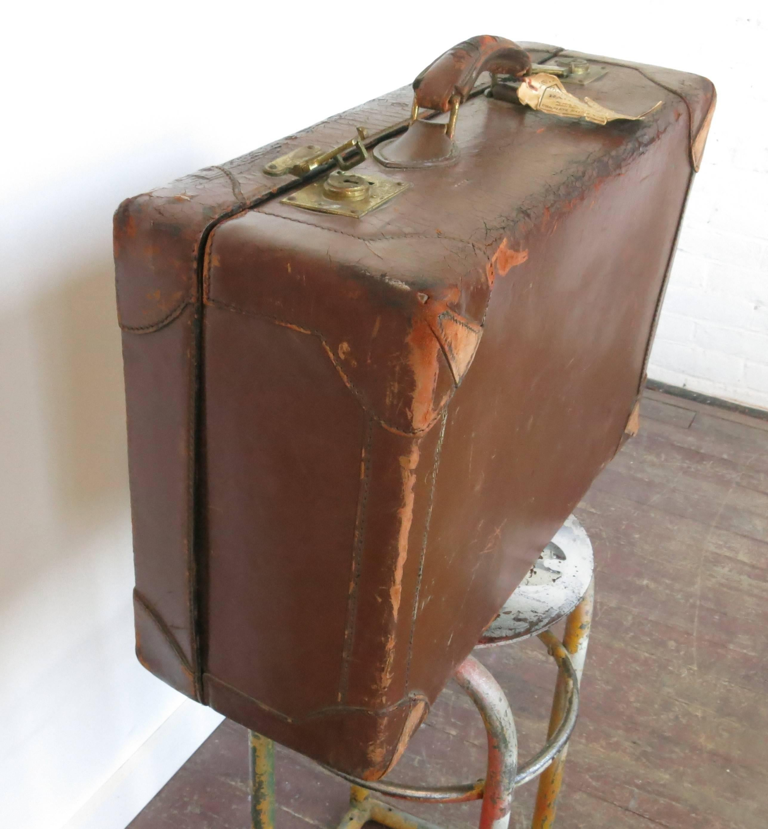 luggage polished co stack id by collectibles aircraft suitcases master home the of at vintage trunks more heston suitcase furniture f drawers aluminium with accents