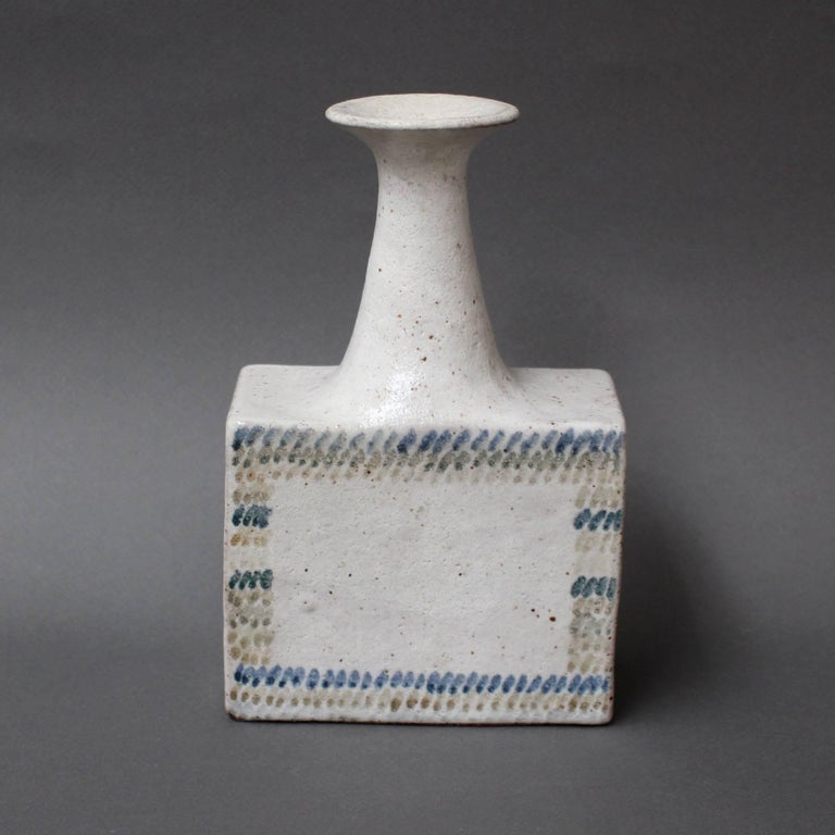 Ceramic Vase with Geometric Line Design by Bruno Gambone, circa 1970s In Excellent Condition For Sale In London, GB