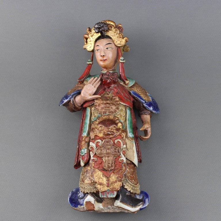 Glazed Set of Two 19th Century Chinese Earthenware Decorative Wall-Hanging Figures For Sale