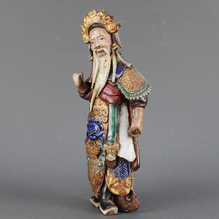 Set of Two 19th Century Chinese Earthenware Decorative Wall-Hanging Figures For Sale 4
