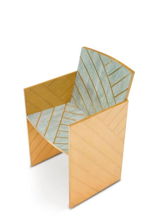 Geometry is truly fascinating, unexpected forms from Matteo Cibic, transgress the monotony of straight lines set in gold on a bed of pearl and lacquered brass in stylish, which hues.  Nesso dining chair mint is a beautiful dining chair in pearly