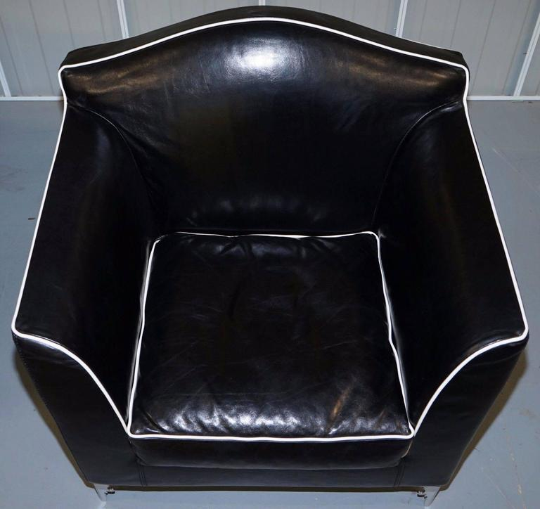 Pair of IPE Cavalli Nella Vertrina Avalon black leather Contemporary armchairs  In Good Condition For Sale In London, GB