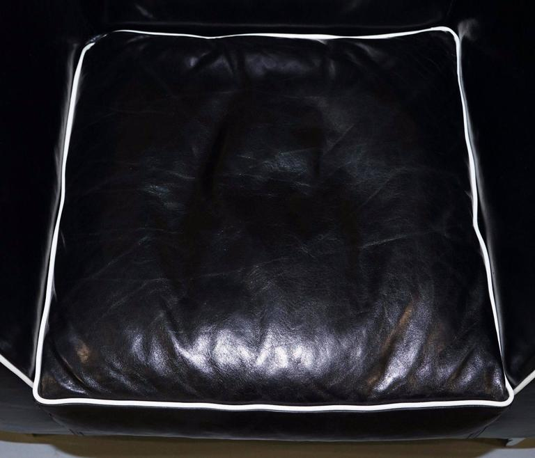 Leather Pair of IPE Cavalli Nella Vertrina Avalon black leather Contemporary armchairs  For Sale