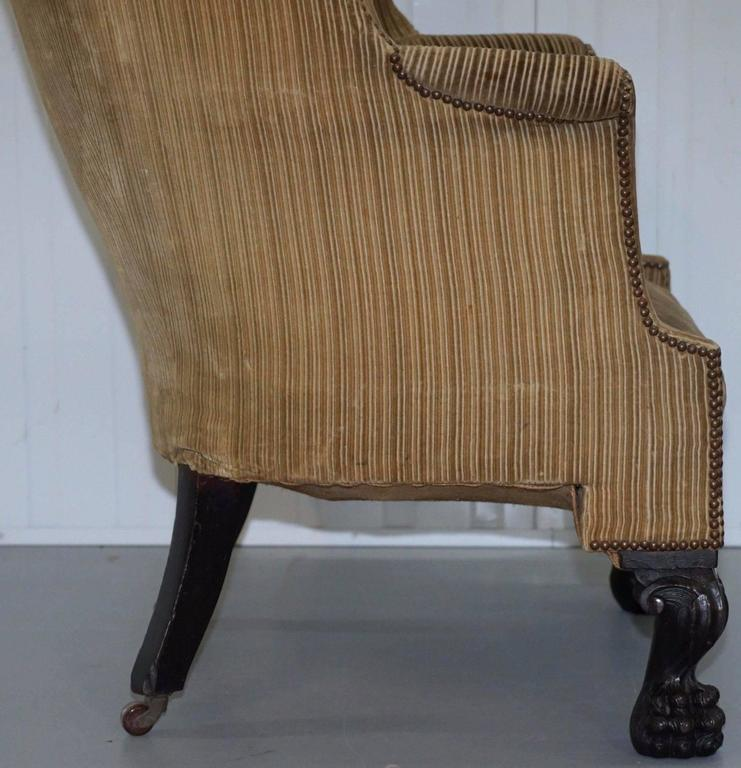 Attrayant King George III 18th Century Barrel Back Lion Hairy Paw Carved Foot Armchair  For Sale 3