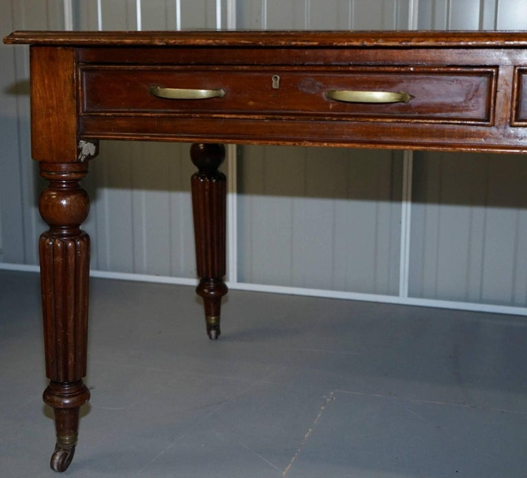 Victorian Walnut Gillows Reeded Legs Leather Partner Desk For Sale 2