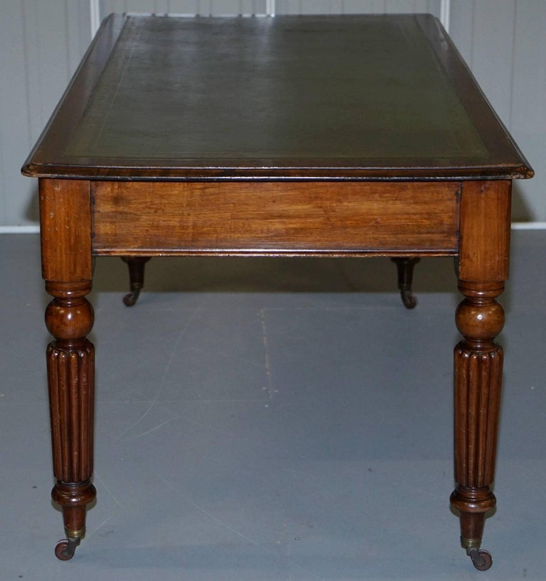 Victorian Walnut Gillows Reeded Legs Leather Partner Desk For Sale 4