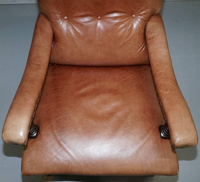 Fully Restored Edwardian Aged Brown Leather Library Reading Armchair, circa 1900 In Excellent Condition For Sale In London, GB