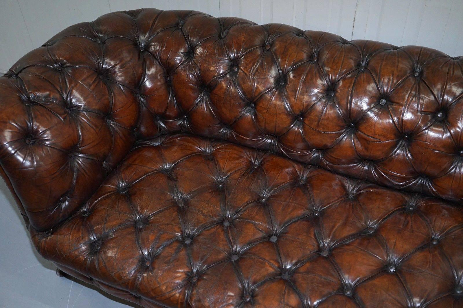 Early Victorian Victorian 1890 Stamped Cornelius V Smith Chesterfield Leather  Sofa Brown Leather For Sale