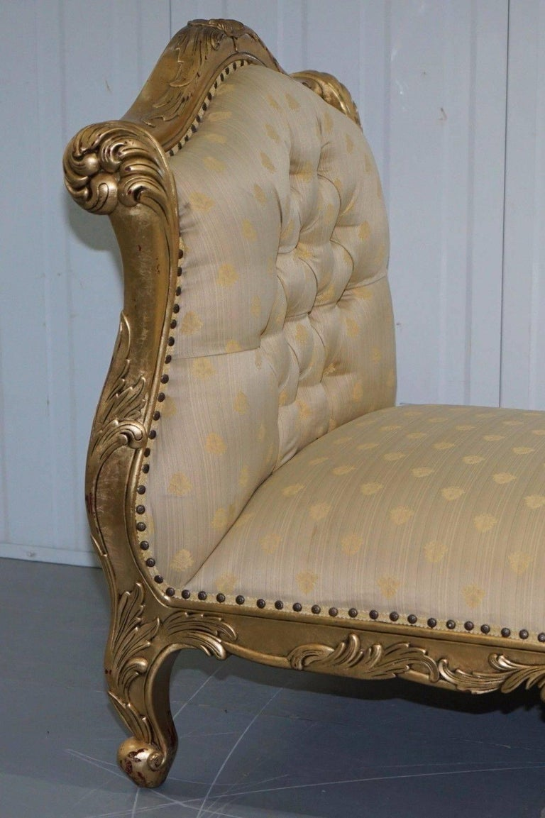 Large 3-4 Seat Victorian Gold Leaf Painted French Daybed or Chaise Longue For Sale 1