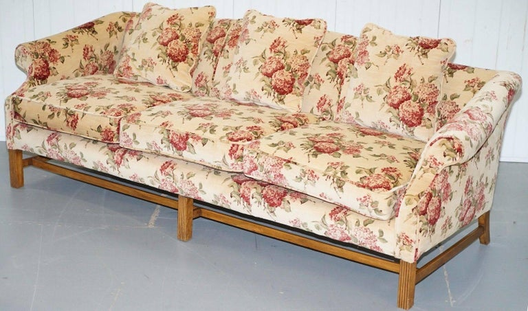 We are delighted to offer for sale this stunning hand made in England Chippendale regency styled Camel / humpback large silk velvet upholstered sofa