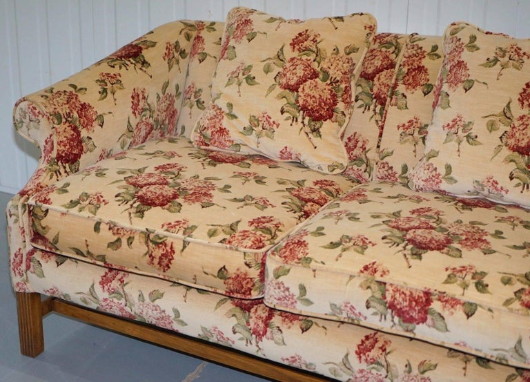 British Regency Chippendale Style Camel Back Humpback Floral Upholstery Large Sofa For Sale