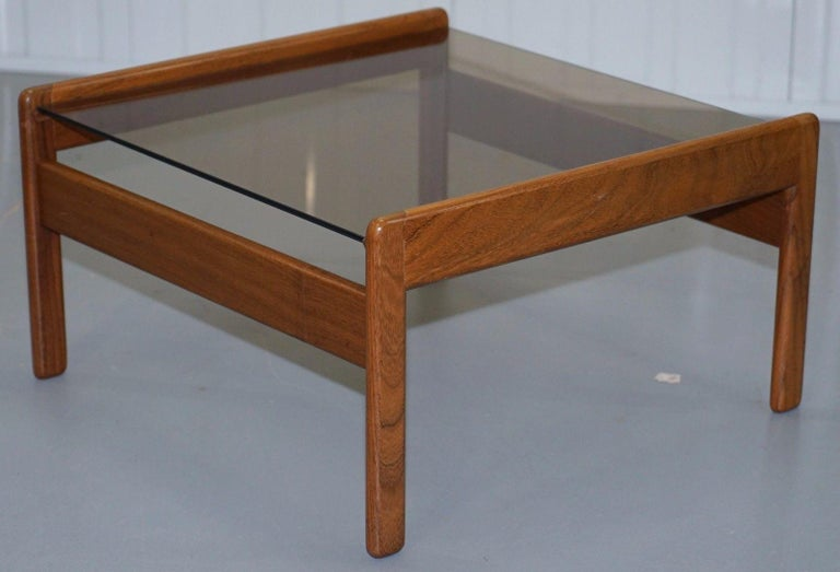 20th Century Pair of Mid-Century Modern 1960s Danish Teak Side Tables with Glass Tops Lovely For Sale