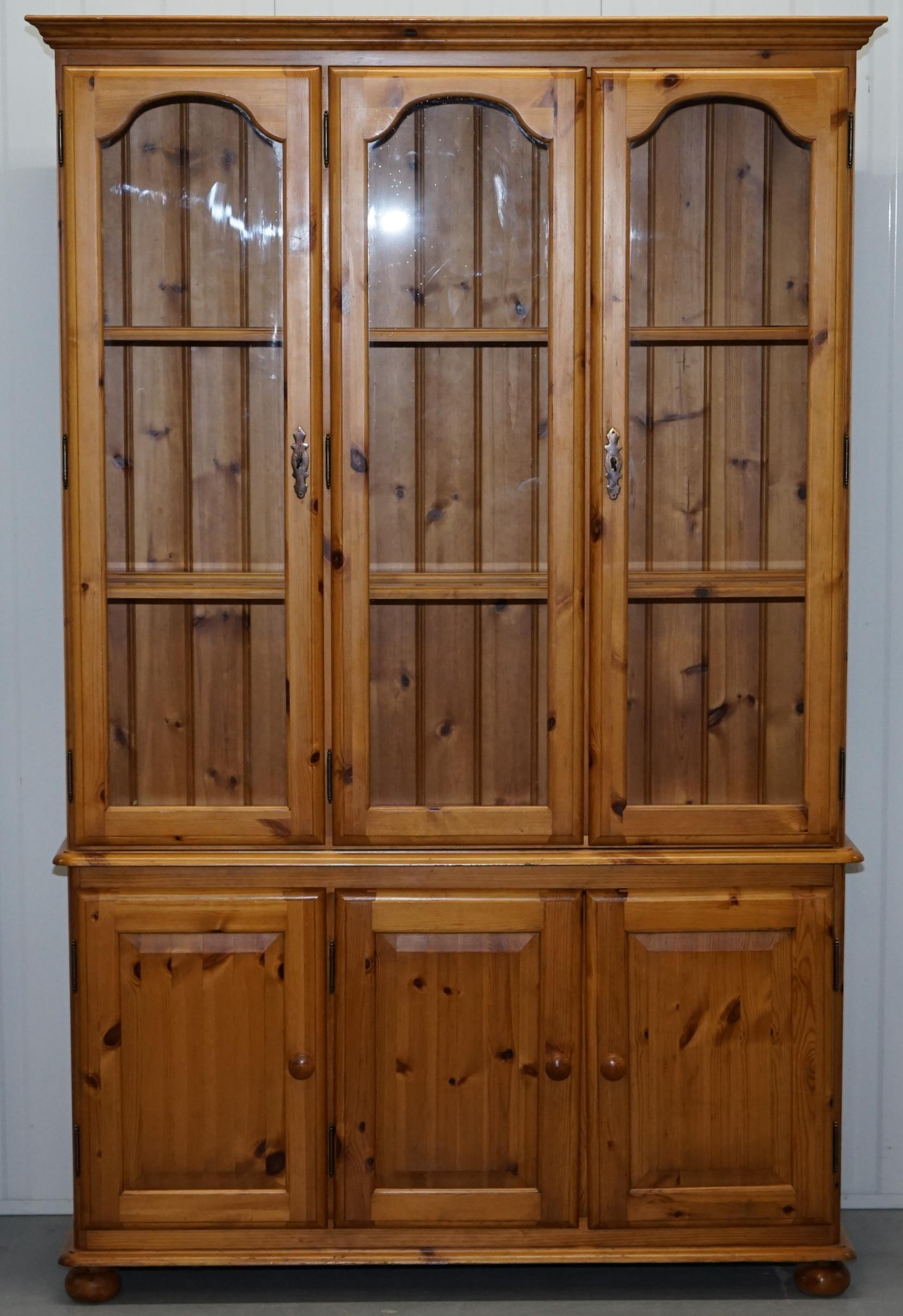 We Are Delighted To Offer For Sale This Lovely Quad Bank Solid English Pine  Ducal Welsh