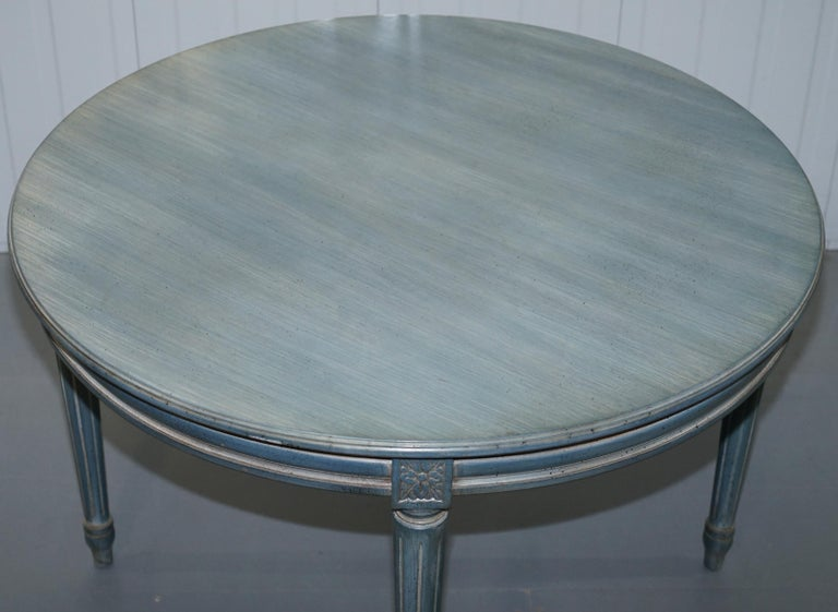 Hand-Carved Lovely Vintage Blue Round Dining Occasional Centre Table to Seat Four People For Sale