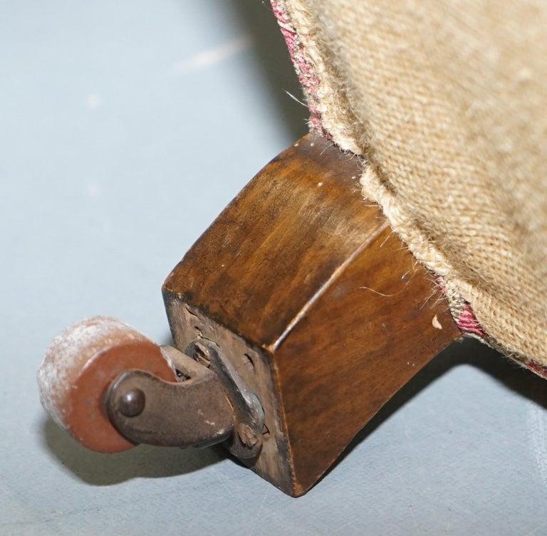 Rare Victorian Walnut Framed Kilim Upholstered Howard Library Reading Armchair For Sale 12