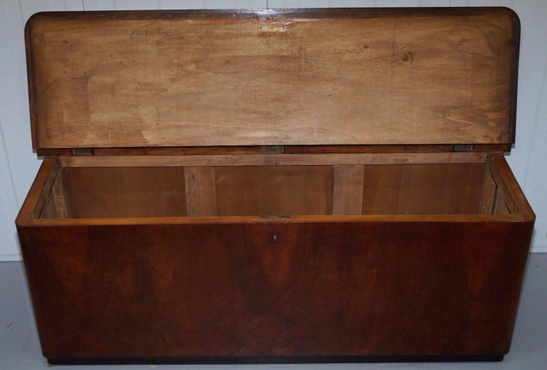 Antique Flamed Mahogany Chest Seat With Open Top Large