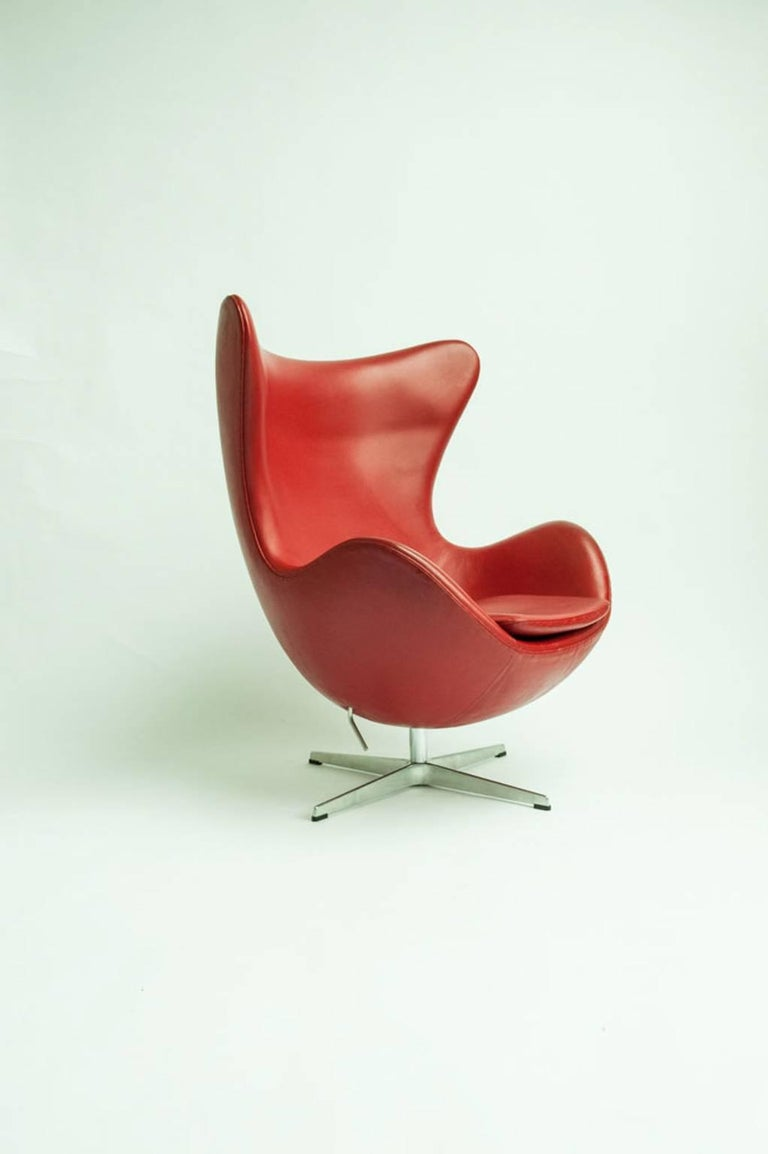 Mid 20th Century Egg Chair By Arne Jacobsen For
