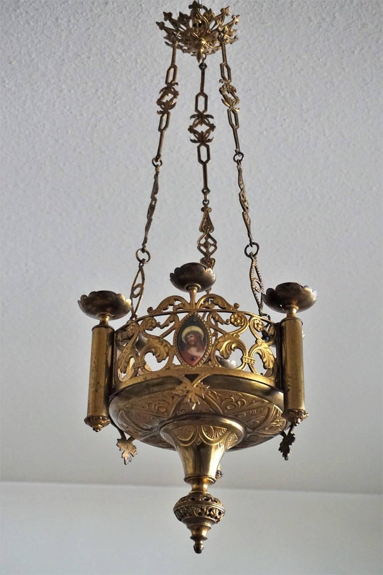 18th Century Gothic Revival Gilt Bronze Church Sanctuary Lamp Candle Chandelier In Good Condition For Sale In Frankfurt am Main, DE