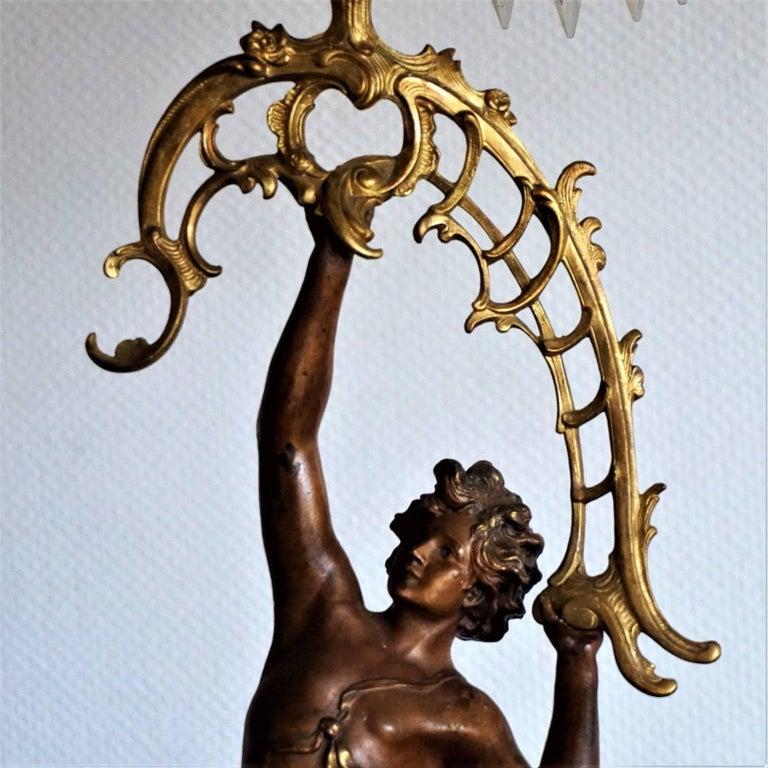 19. Jahrhundert, Paar Französische Empire Bronze Figuren und Vergoldete Bronze Kandelaber 5