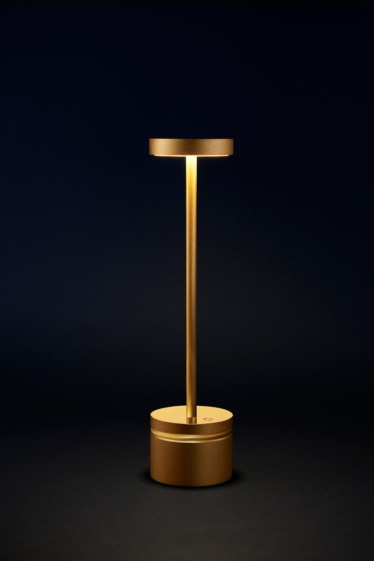 French Luxciole, Luxury Wireless Table Lamp, Set of 10 Gilt Brass Made in France For Sale