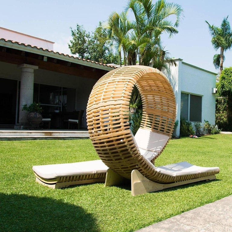 Contemporary Outdoor Chaise Lounge For Sale 1