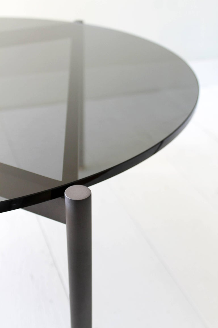 Mix contemporary cocktail table with glass or marble top for Contemporary glass cocktail tables