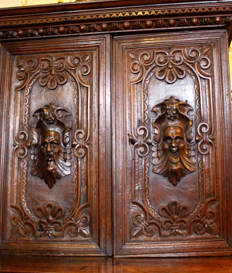 Italian Baroque Carved Walnut Cupboard, 17th Century In Fair Condition For Sale In Heathfield, East Sussex