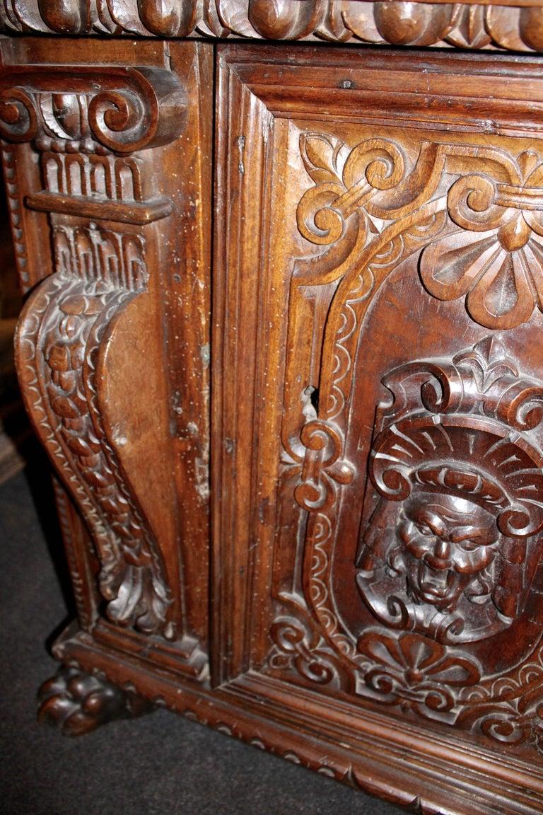Italian Baroque Carved Walnut Cupboard, 17th Century For Sale 5