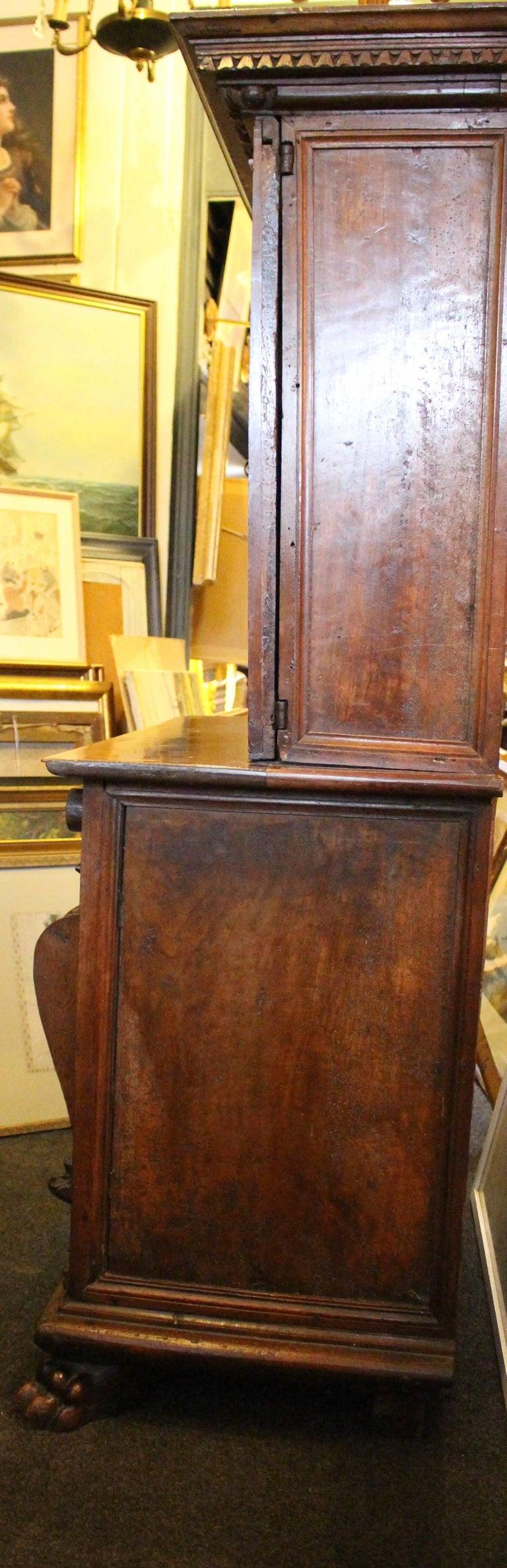 Italian Baroque Carved Walnut Cupboard, 17th Century For Sale 6