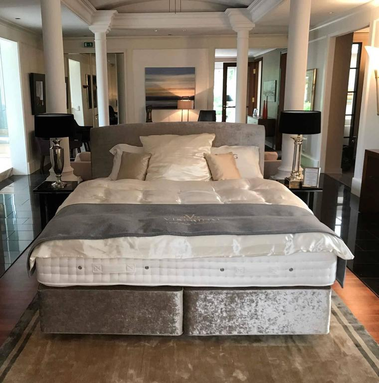 Vispring Luxury Beds London 1901 Marquess Superb For Sale