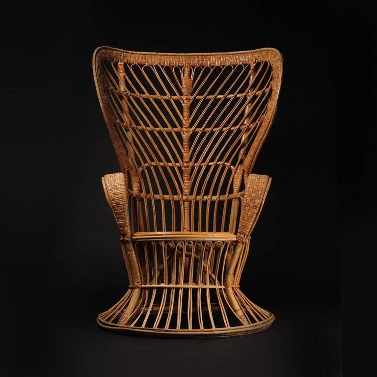 Wicker chair designed by Lio Carminati In Good Condition For Sale In London, GB