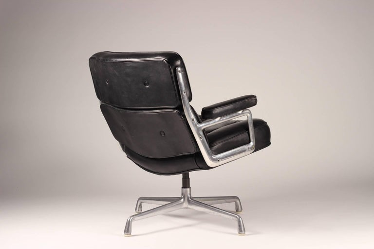 Aluminum Charles & Ray Eames Time Life Lobby Chair For Sale