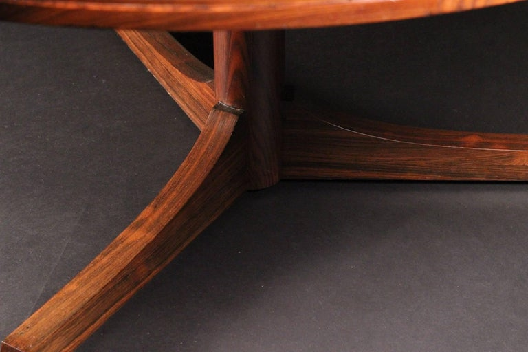 Scandinavian Modern style Rosewood Dining Table by Archie Shine For Sale 3