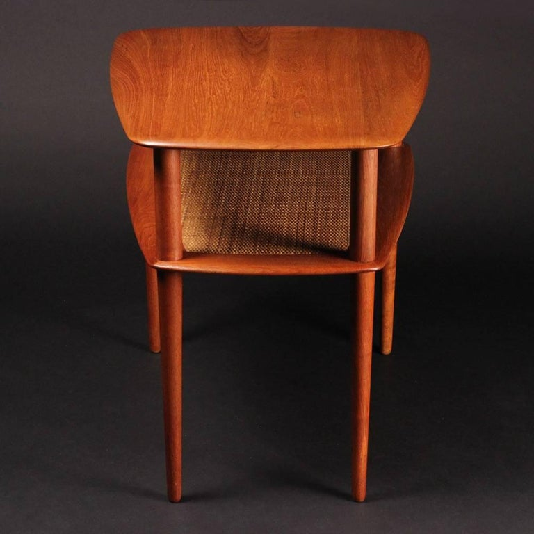 Mid-20th Century Scandinavian Modern  Teak End or Side Table by Peter Hvidt  For Sale