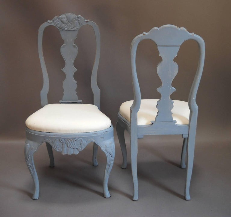 Hand-Carved Set of Eight Rococo Style Dining Chairs For Sale