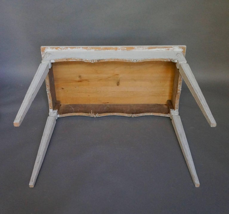Gustavian Style Console Table In Good Condition For Sale In Great Barrington, MA