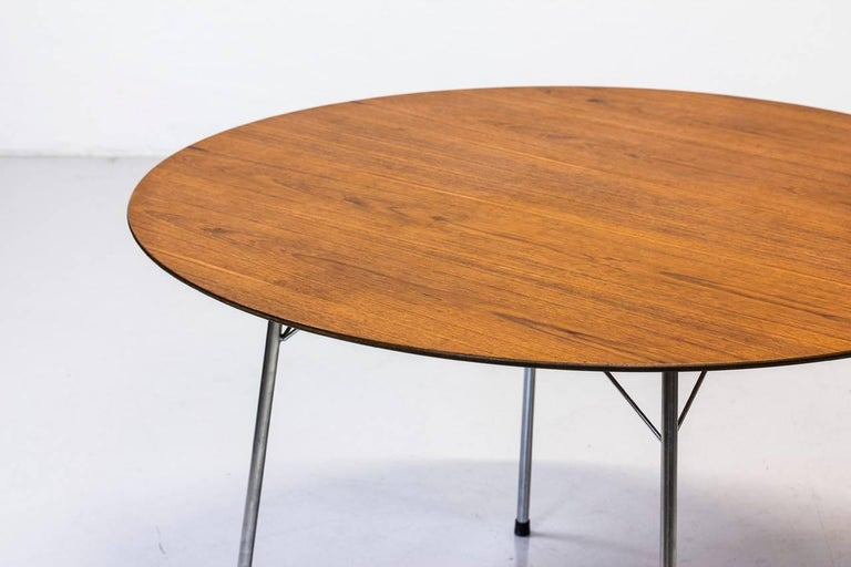 Danish Scandinavian Modern Teak Dining Table by Arne Jacobsen for Fritz Hansen, 1963 For Sale