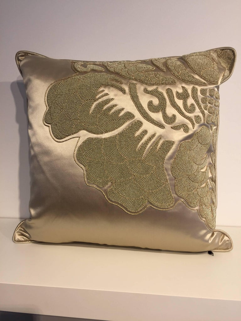 English Set of Cushions Silk Satin Champagne Modern Damask Design Hand Embroidery For Sale