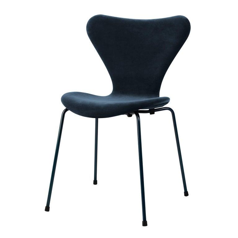 Fritz Hansen Lala Berlin Arne Jacobsen Series 7 Chair