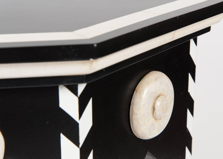 Pasha Side Table with Faux Ivory In Excellent Condition For Sale In West Hollywood, CA