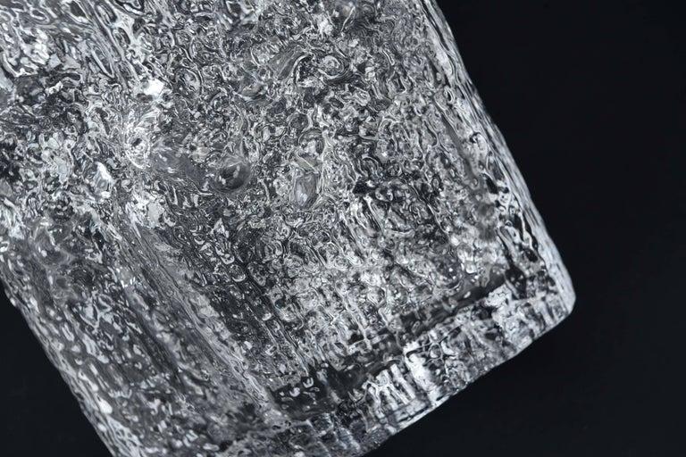 Tapio Wirkkala for Iittala Ice Glass Vase In Excellent Condition For Sale In Westport, CT