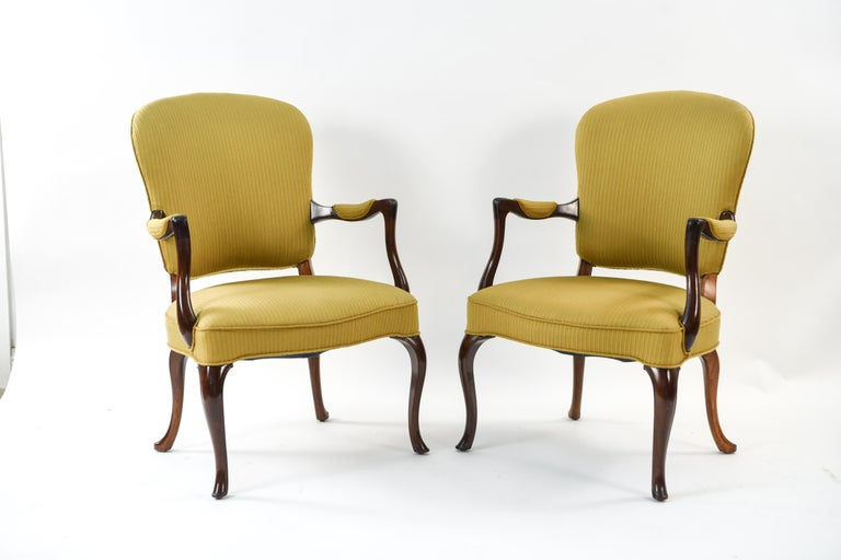 Scandinavian Modern Frits Henningsen Suite Including a Sofa, Armchairs and Saloon Table For Sale
