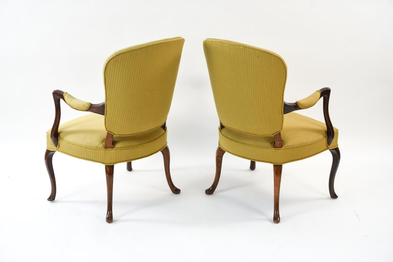 Frits Henningsen Suite Including a Sofa, Armchairs and Saloon Table For Sale 3